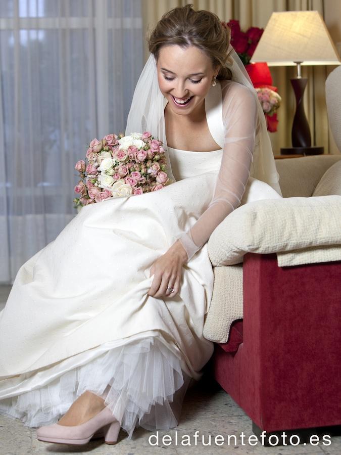 Fotografia de la novia en casa