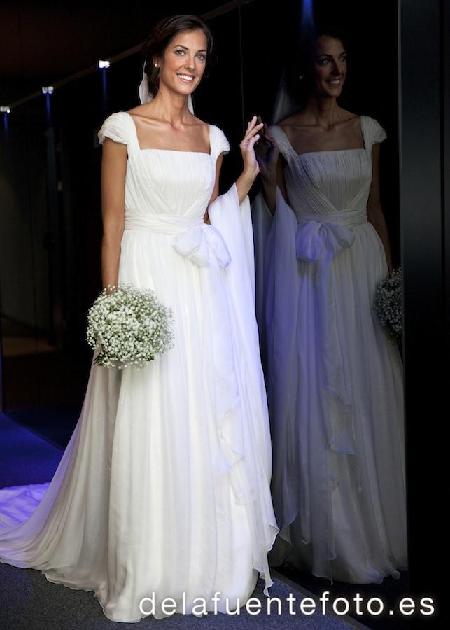 Reportaje de Bodas en Córdoba. Laura se prepara para el gran momento. Reportaje de boda en Córdoba hecho por De la Fuente Fotografía