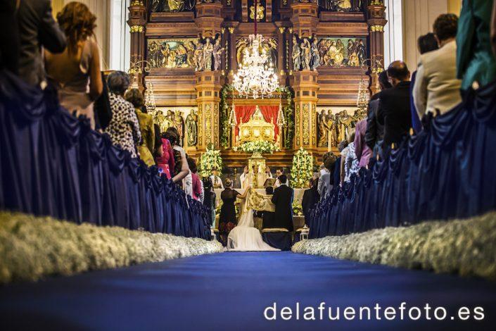 Boda en la Basílica Menor de San Juan de Ávila, Montilla (Córdoba). De la fuente Fotografía