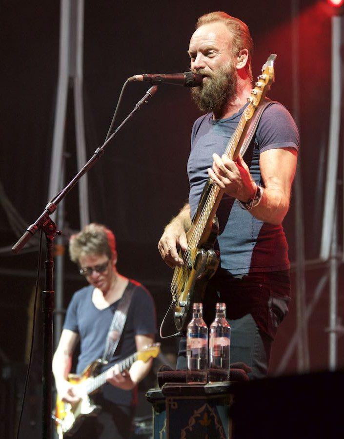 Sting, 17 caras en una sola canción