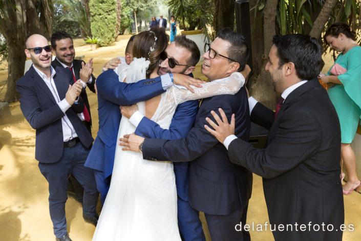 abrazos a la novia