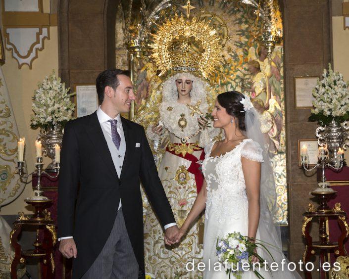 Foto con la Virgen nuestra Señora de la Paz