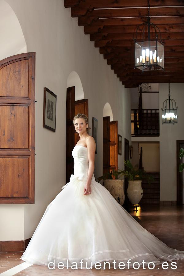 Reportaje de la boda de Pilar y Bruno en casa por De la Fuente Fotografía