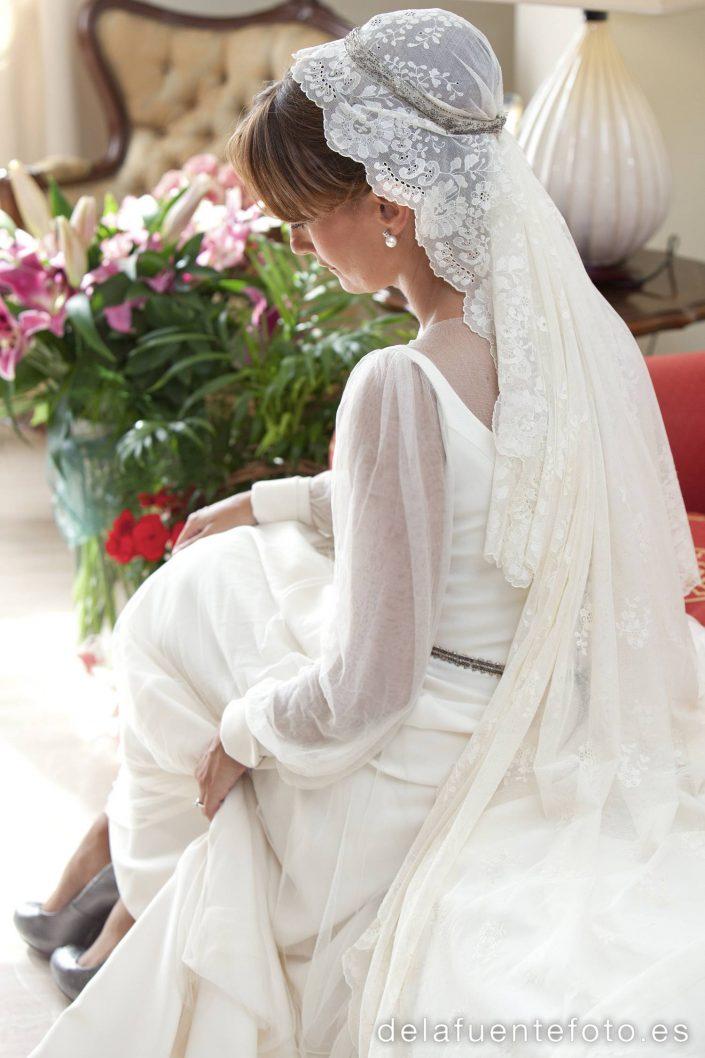 María Luisa y Antonio se casaron en la Iglesia San Nicolás de la Villa y lo celebraron en Torre de la Barca - Bodegas Campos. Peluquería Carlos Pascual y Maquillaje Menchu Benitez. Fotografía De la Fuente