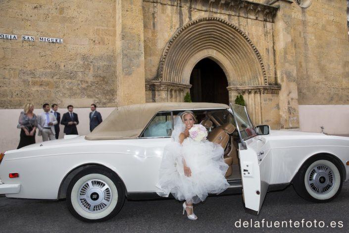 Llegada de la novia en la boda de Inma e Israel.