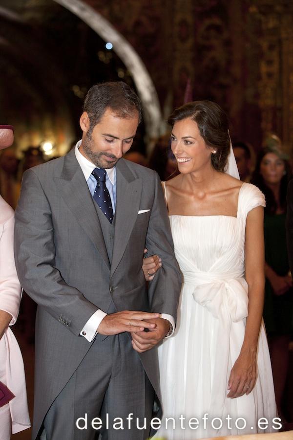 Reportaje de Bodas en Córdoba. Los novios se muestran felices durante la ceremonia. Reportaje de boda en Córdoba hecho por De la Fuente Fotografía